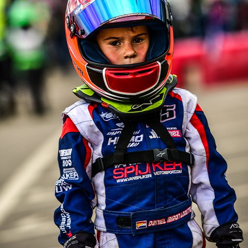 Race Overall 500 x 500 pixels